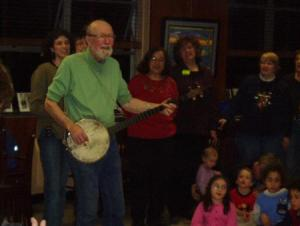 Pete Seeger releases new CD quotAt 89quot after appearance on David Letterman on Monday 92908